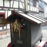 Geschmückter Holzofen